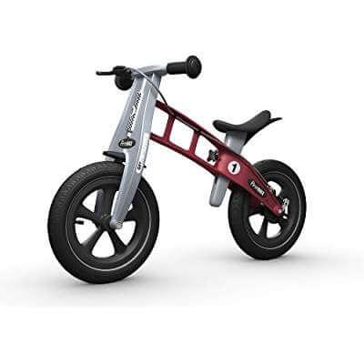 dfaf5c417 La bici FirstBike viene con ruedas de la prestigiosa marca Schawalbe para  la máxima tracción. El sillín es totalmente ajustable y son súper  resistentes.