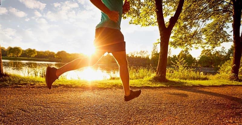 Correr en la mañana tiene ventajas