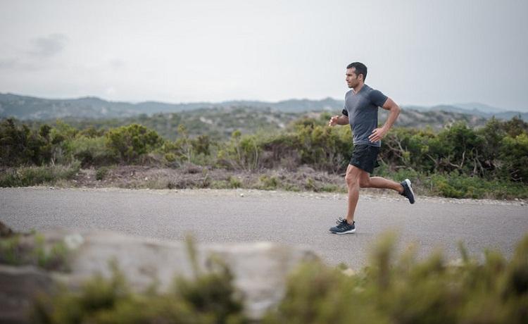 Si comienzas a correr a los 40, entrena con el nivel de intensidad adecuado para ti